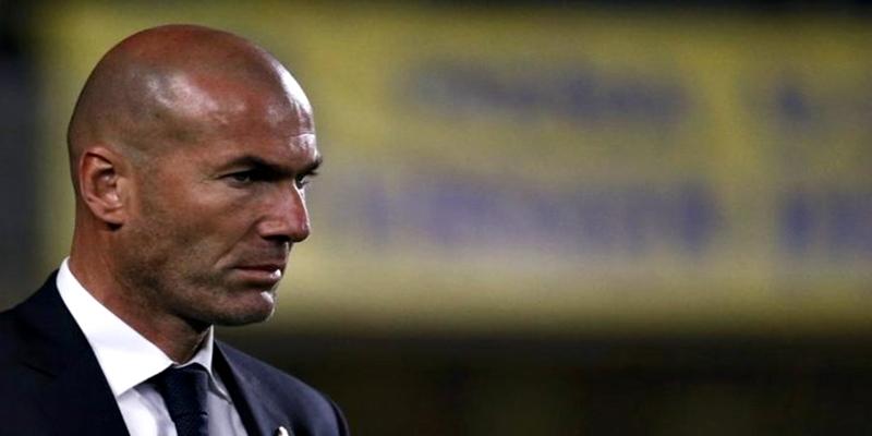 OPINIÓN | Zidane, ¡Hace falta un 9 y un entrenador!